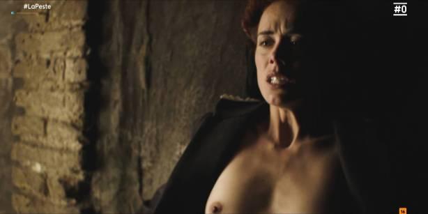 Patricia López nude full frontal Cecilia Gómez, Lupe del Junco and others nude bush, topless - La peste (ES-2018) s1 HDTV 1080p (5)