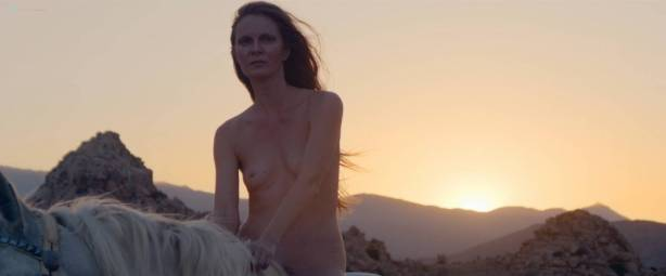 Peaches nude Rya Kleinpeter, Rita D 'Albert nude bush, explicit, piss, shemale - Rub (2015) HD 1080p (2)