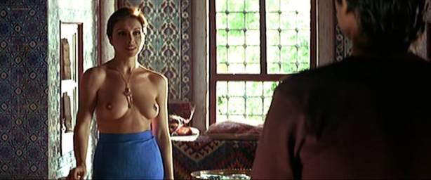 Ana Belén nude bush and sex - La pasión turca (ES-1994) (7)
