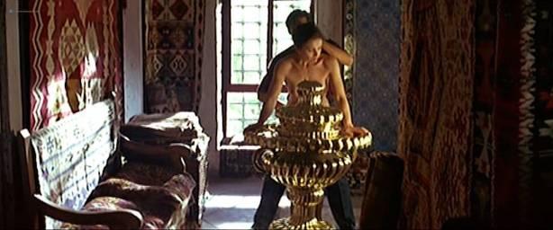 Ana Belén nude bush and sex - La pasión turca (ES-1994) (5)