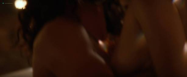 Heather Graham nude sex Angela Kinsey nude butt Stephanie Beatriz hot - Half Magic (2018) HD 1080p (11)