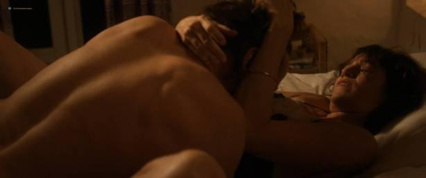 Marion Cotillard nude full frontal Alba Rohrwacher nude nipple - Les fantômes d'Ismaël (FR-2017) HD 1080p BluRay (16)