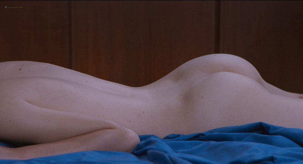 Stacy Martin nude full frontal and some sex - Le Redoutable (FR-2017) HD 1080p BluRay (16)