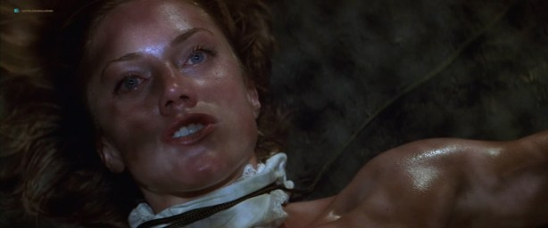 Leslie Stefanson nude topless - The General's Daughter (1999) HD 720p Web (1)