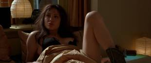 Angelina Jolie nude brief nipple and hot - Pushing Tin (1999) HD 1080p WEB