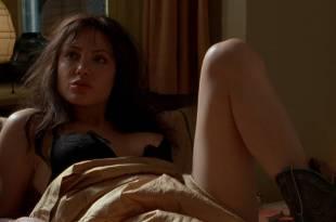 Angelina Jolie nude brief nipple and hot – Pushing Tin (1999) HD 1080p WEB