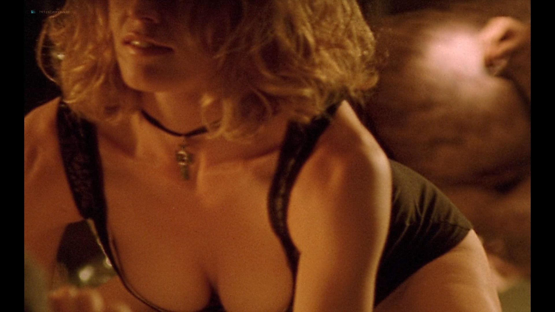 Elisabeth Shue nude topless sex - Leaving Las Vegas (1995) HD 1080p BluRay (15)
