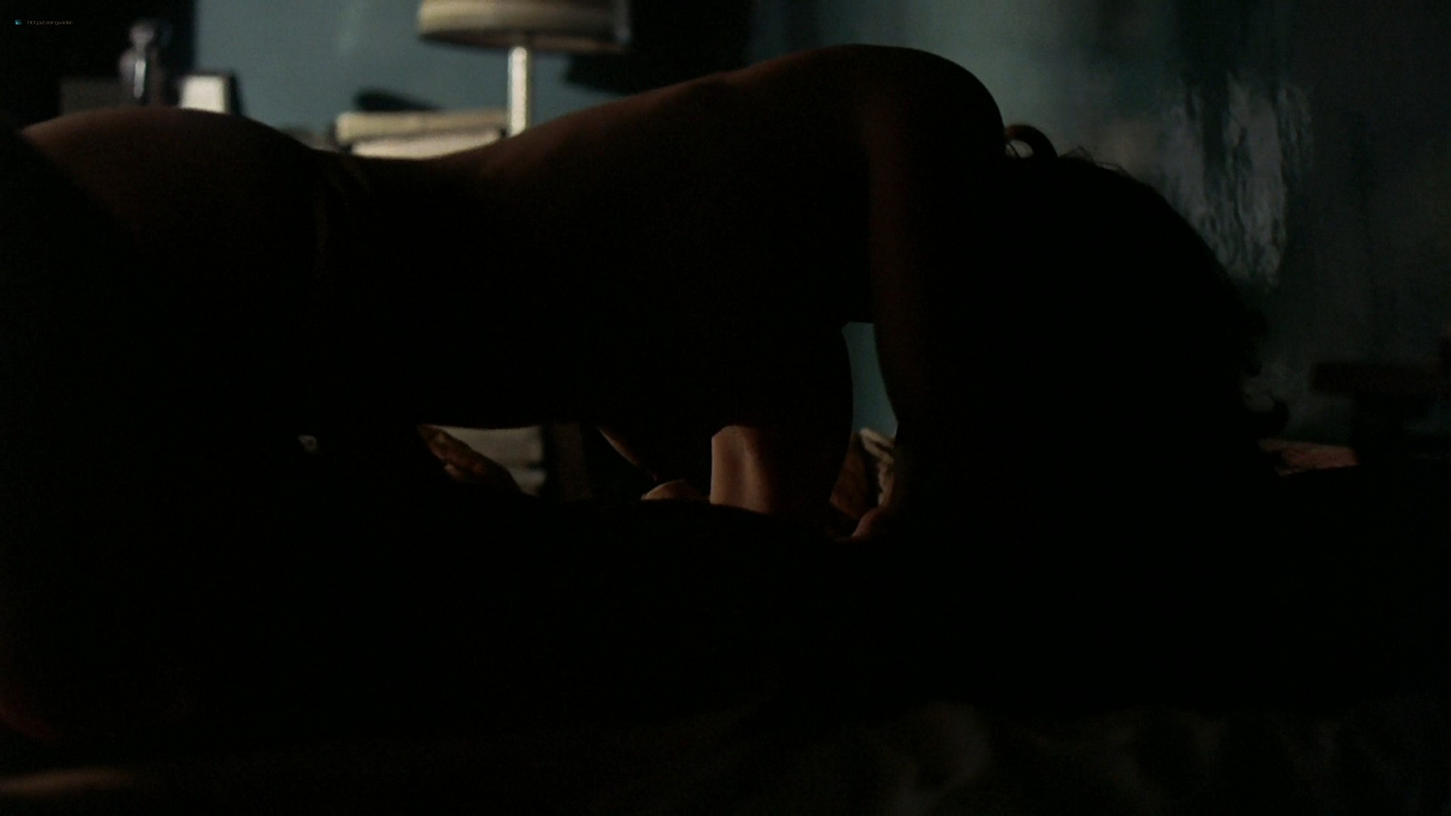Gwyneth Paltrow nude topless and sex– Sylvia (2003) HD 1080p Web-DL (37)