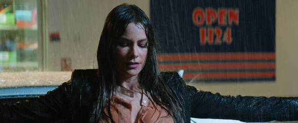 Sofía Vergara hot and side boob Violet Patton-Ryder and Nuria Tomás nude topless- Bent (2018) HD 1080p Web (5)