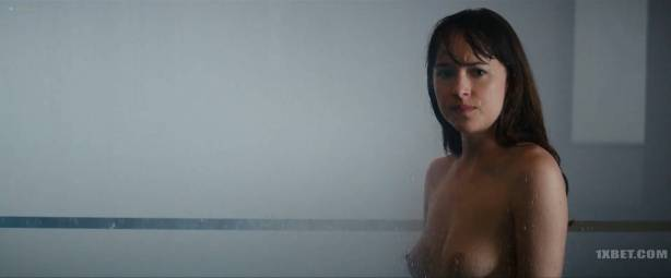 Dakota Johnson nude topless and lot of sex - Fifty Shades Freed (2018) HD 1080p (7)