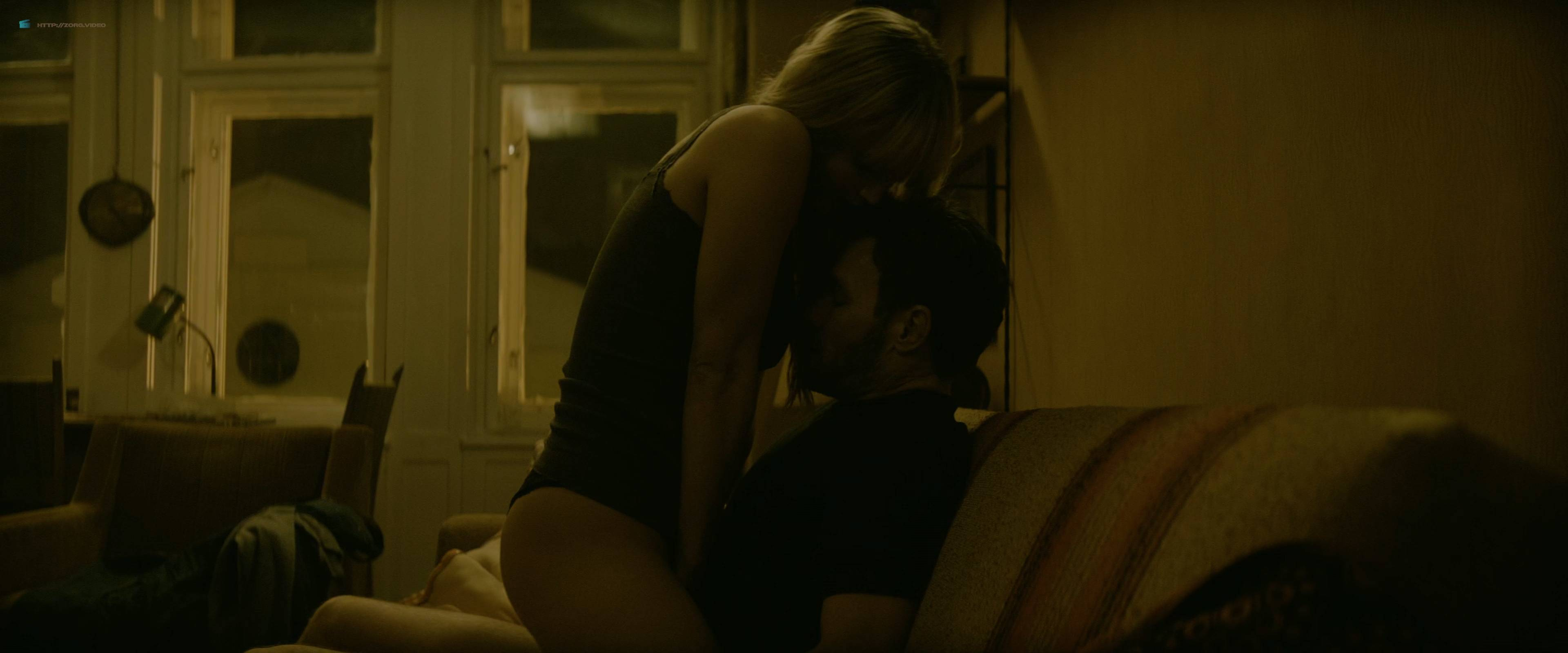 Jennifer Lawrence nude topless and butt - Red Sparrow (2018) UHD 2160p BluRay (5)