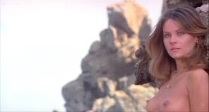 Silvia Dionisio nude full frontal and sex Elizabeth Turner nude bush - Una ondata di piacere (IT-1975) (16)