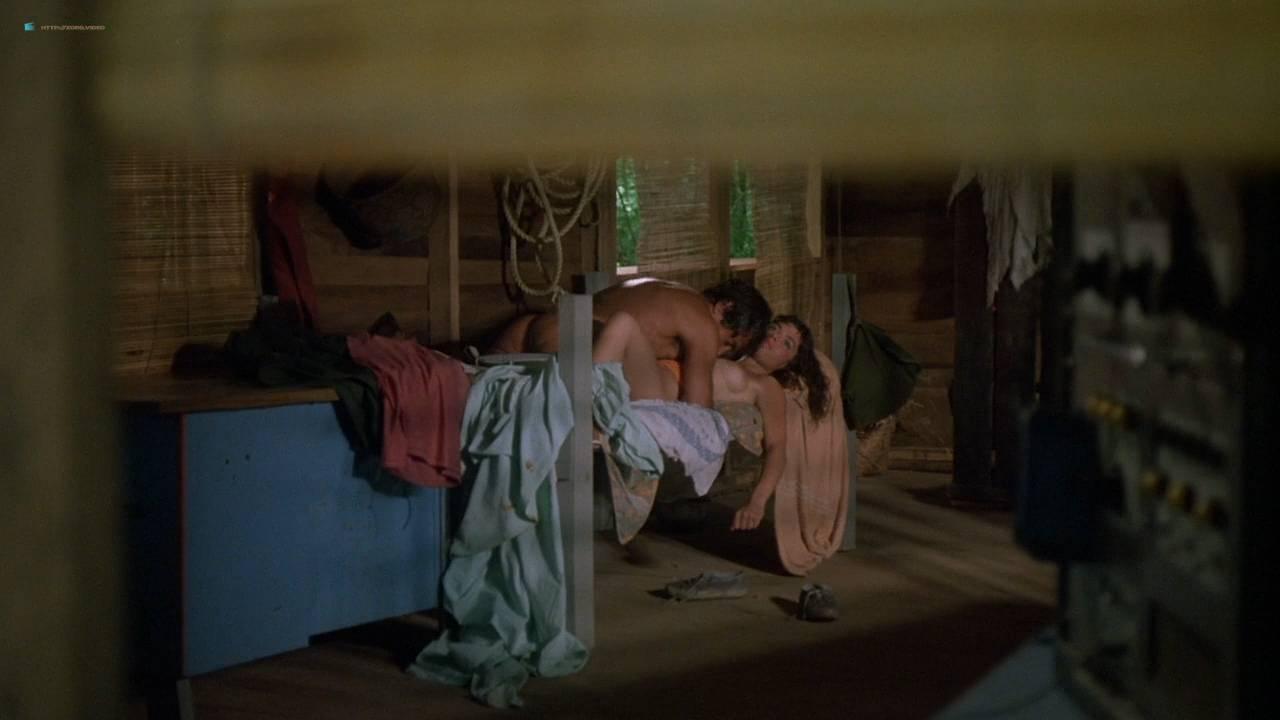 Valentina Forte nude bush butt and sex - Cut And Run (IT-1985) HD 720p (9)