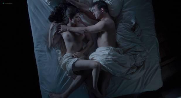 Anna Chipovskaya nude butt and hot sex Mariya Mironova hot - O lyubvi (2017) HD 1080p (8)