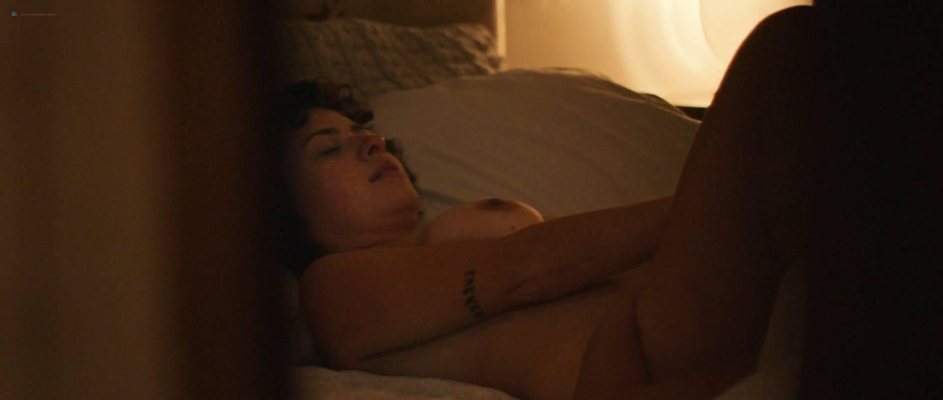 Aida Folch Tetas laia costa nude topless and sex alia shawkat nude lesbian