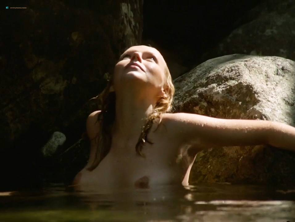 Lilian Lemmertz nude sex and Kate Hansen nude sex threesome - As Deusas (BR-1972) 720p (4)