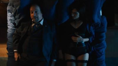 Maggie Siff sexy Valéry Lessard, Anna Tyson, Katelyn Pearce, Marion Dunn all nude - Billions (2018) s3e7 HD 1080p (8)