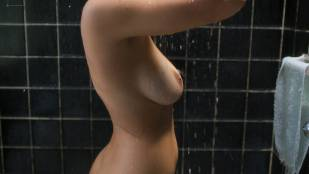 Paulina Gaitan nude topless in the shower – Diablo Guardián (MX-2018) s1e1 HD 1080p