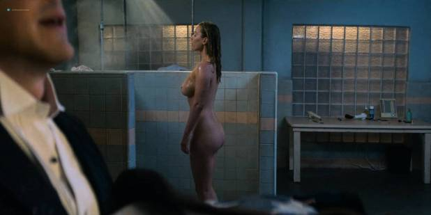 Betty Gilpin nude butt and side boob - Glow (2018) s2e7 HD 1080p (7)