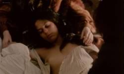 Geneviève Bujold nude topless - Kamouraska (1973) (2)