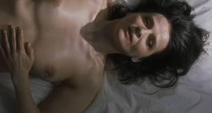 Juliette Binoche nude and sex - Un beau soleil intérieur (FR-2017) HD 1080p (10)