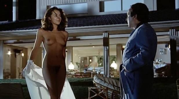 Adriana Vega nude full frontal - Cuatro mujeres y un lío (ES-1985) (10)