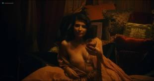 Amara Zaragoza nude topless - Strange Angel (2018) s1e7 HD 1080p