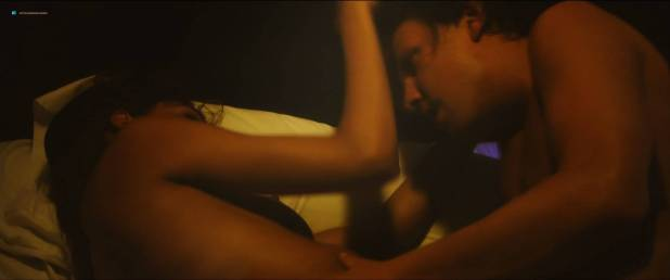 Chen Shilony hot and some sex - The Honey Killer (2018) HD 1080p (7)