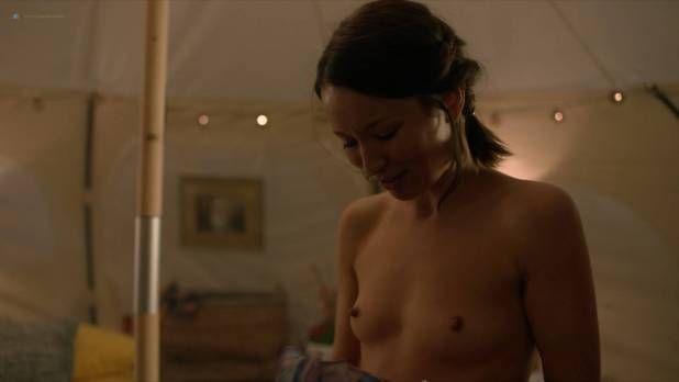 Emily Browning nude topless lesbian sex with Maura Tierney nude too - The Affair (2018) s4e7 HD 1080p (8)