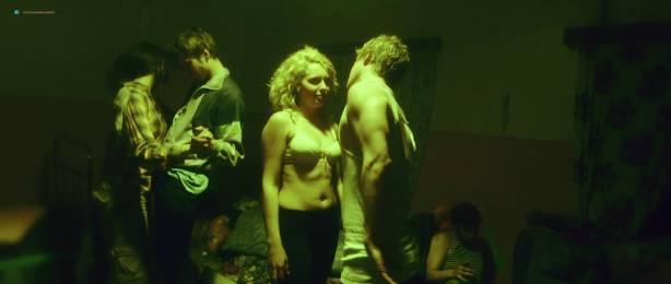 Hanna Martinson nude topless - Ghost Mountaineer (EE-2015) HD 1080p Web (7)