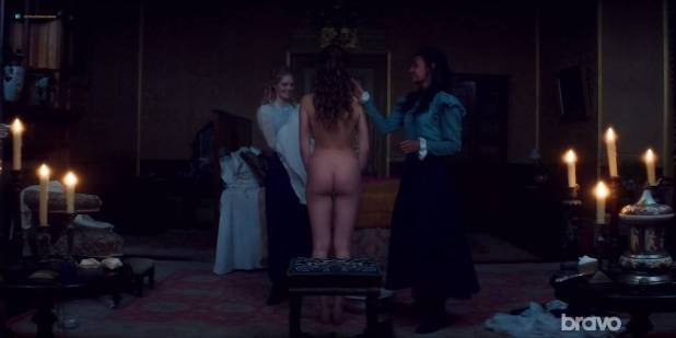Lily Sullivan nude butt Samara Weaving and Madeleine Madden nude butt too - Picnic at Hanging Rock (2018) S01E03 HDTV 720p (10)