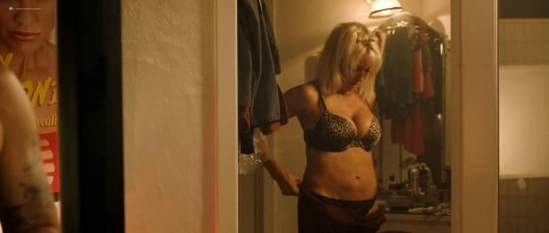 Rachel Brann nude topless Alexa Bondar, Sara Finley and others hot - The Debt Collector (2018) HD 1080p Web (6)