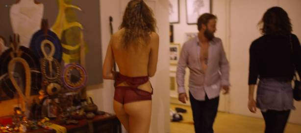 Teresa Palmer hot and sex Phoebe Tonkin sexy and Johanna Stickland topless - The Ever After (2014) HD 1080p Web (3)