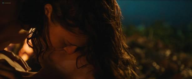 Bel Powley nude nip slip in the tube and sexy - Wildling (2018) Hd 1080p WEB (2)