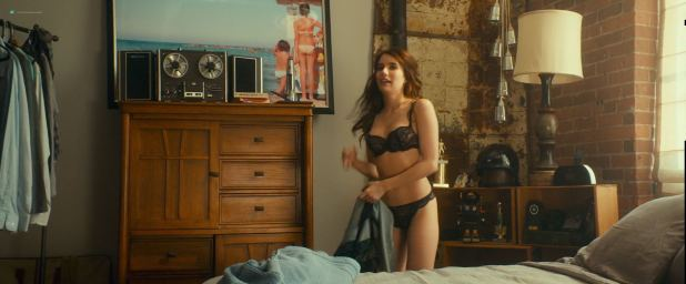 Emma Roberts hot and sexy and some sex - Little Italy (2018) HD 1080p Web (5)