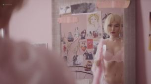 Katie Boland nude topless - Lolz-ita (2017) HD 1080p (10)