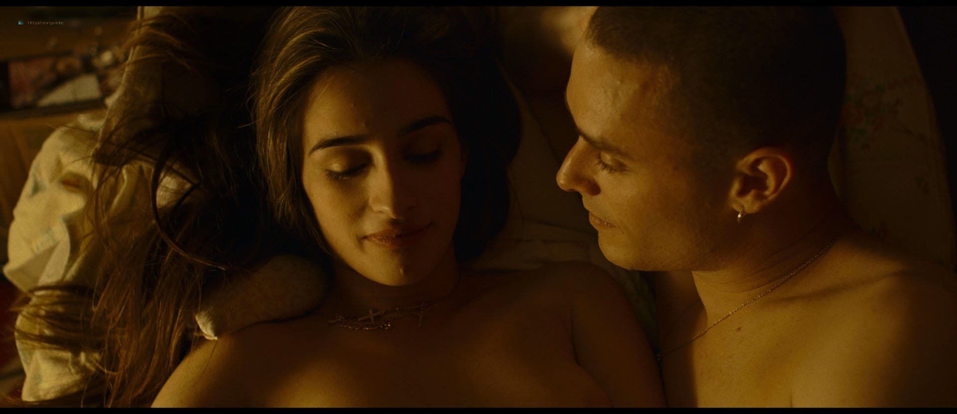 Michela De Rossi nude topless and hot sex - La Terra dell'abbastanza (IT-2018) HD 1080p BluRay (8)