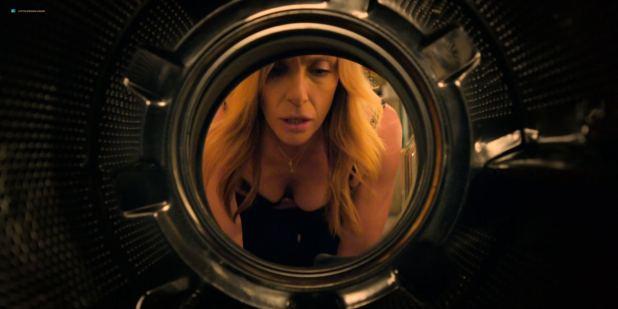 Toni Collette nude brief topless - Wanderlust (2018) s1e6 HDTV 1080p (6)