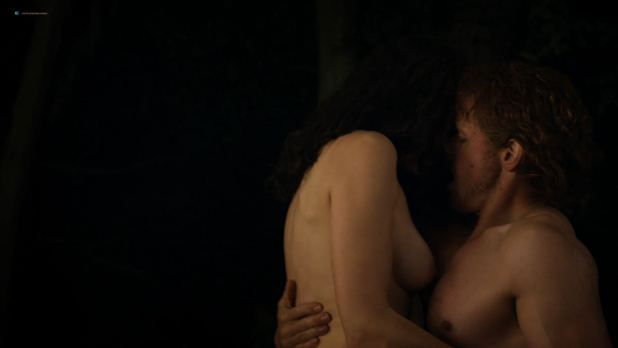 Caitriona Balfe nude topless and sex – Outlander (2018) s4e1 HD 1080p (2)