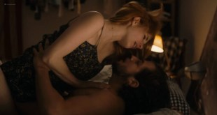 Emma Roberts hot and lot of sex Dree Hemingway nude boobs - In a Relationship (2018) HD 1080p WEB (14)