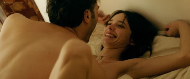 Stacy Martin nude topless and sex - Joueurs (FR-2018) HD 1080p WEB (4)