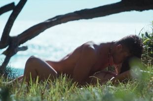 Charlotte Best nude topless and sex on the beach – Tidelands (AU-2018) s1-e5-8 HD 1080p