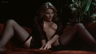 Mariel Hemingway nude topless, butt and sex - Star 80 (1983) HD 1080p