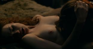 Sophie Skelton nude topless, butt and some sex - Outlander (2018) s4e8 HDTV 1080p (4)