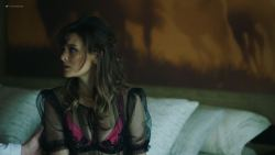 Frankie Shaw nude topless in the tub - Smilf (2019) s2e2 HD 1080p (10)