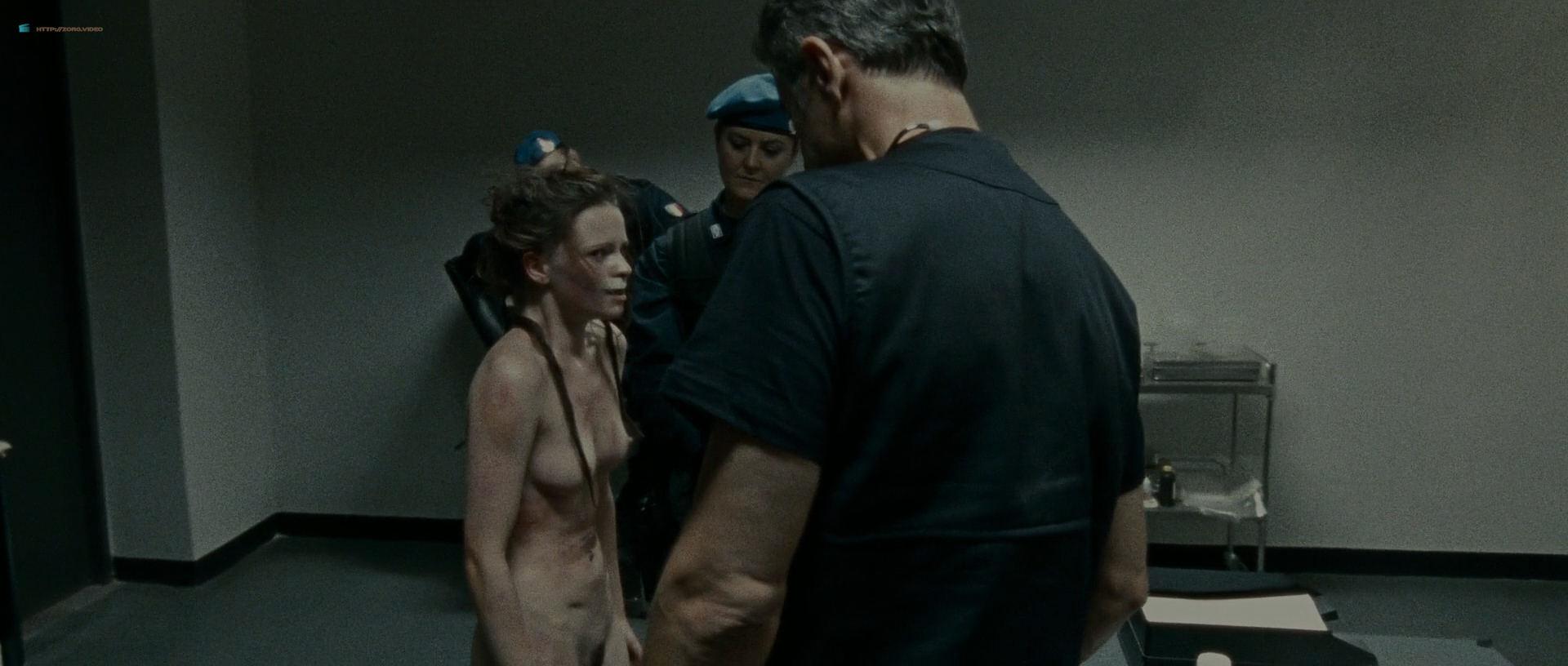 Nackt jennifer ulrich Jennifer Lawrence
