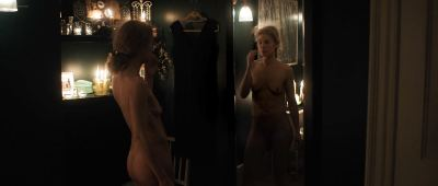 Rosamund Pike nude full frontal - A Private War (2018) HD 1080p BluRay (6)