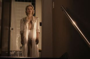 Scarlett Johansson hot Hilary Swank butt Mia Kirshner nude topless - The Black Dahlia (2006) HD 1080p BluRay