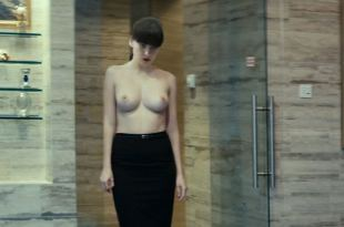 Yuliya Snigir nude topless Aleksandra Bortich nude too – Pro lyubov (RU-2015) HD 1080p Web