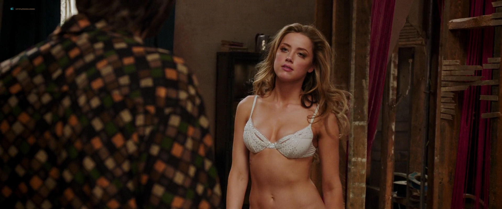 Amber Heard nude butt and very hot - London Fields (2018) HD 1080p Web (10)